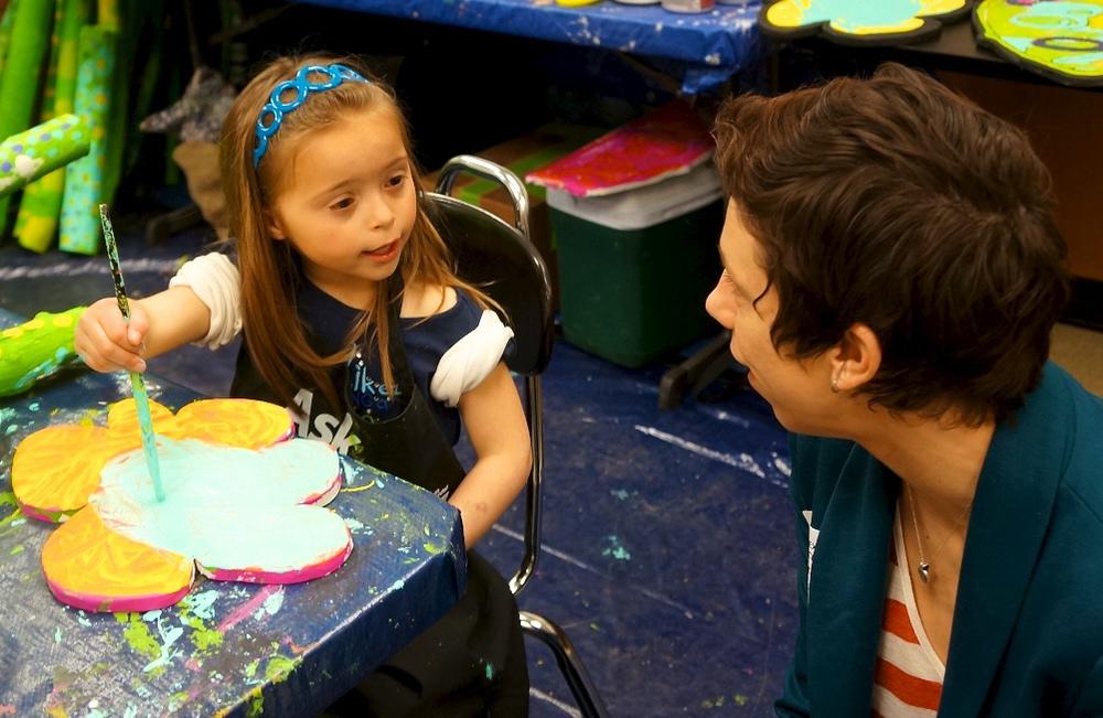 Alexander preschool student and VSA Ohio Executive Director, Erin Hoppe.