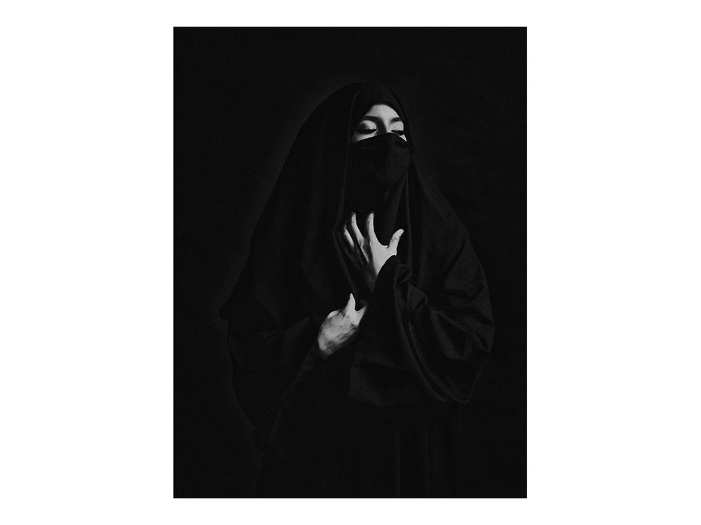Veiled woman %22Karawan%22.jpg