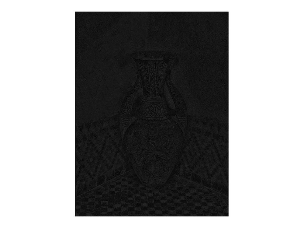 Dark Vase %22Karawan%22.jpg