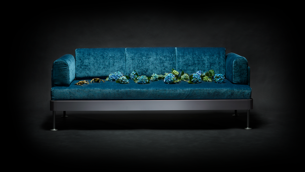 couch-blue.png