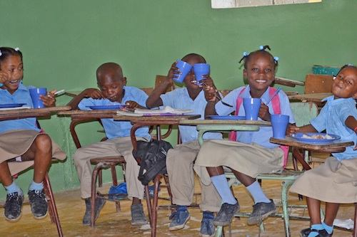 Kids in school 500.jpg