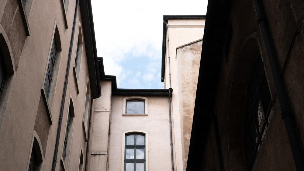 lyon-alley.jpg