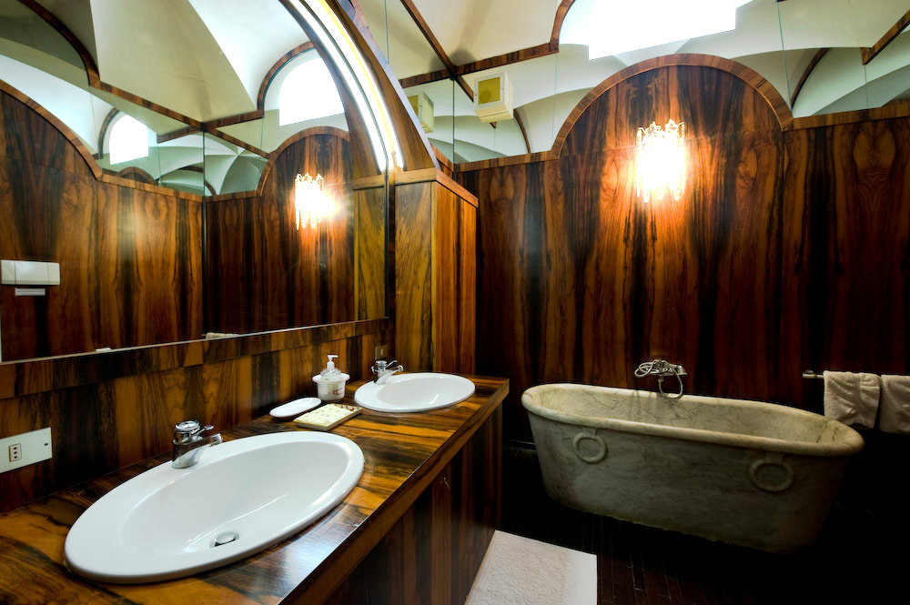 Suite Teodora e Giustiniano  (La vasca è decorativa)