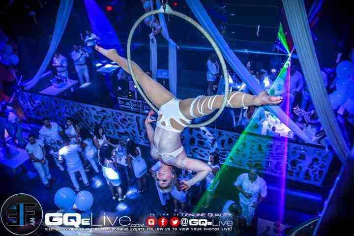 Cirque Central-Cliff Nightclub