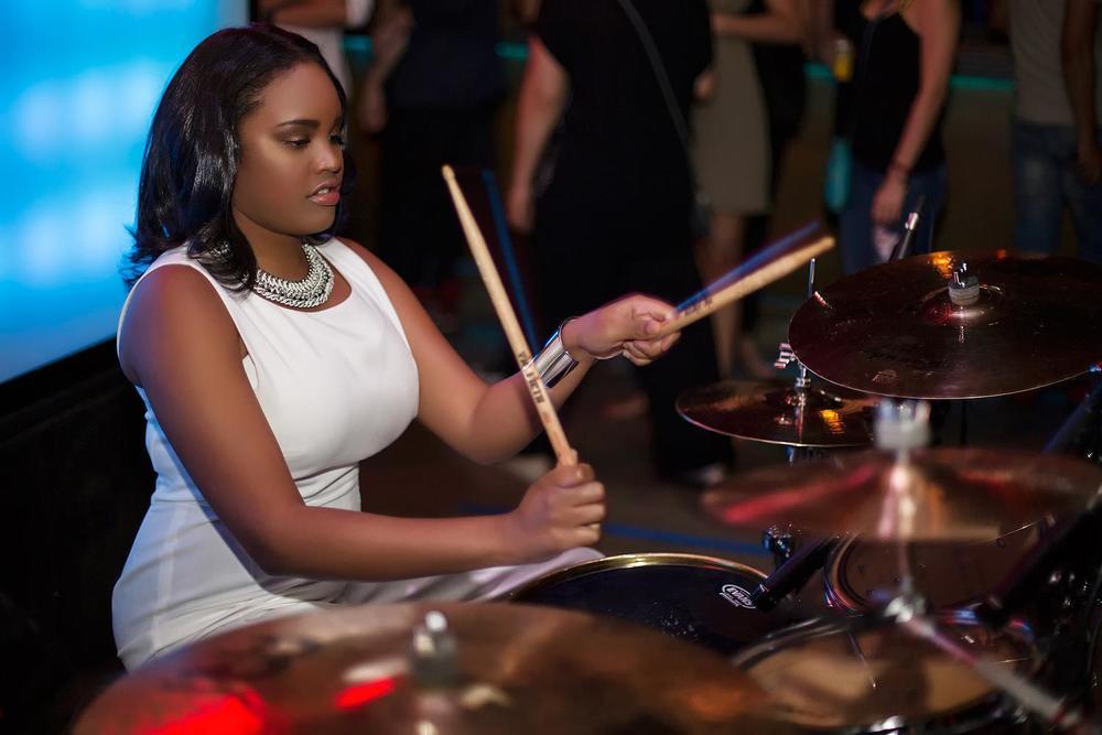 Glorious, Livetronica Drummer Pop-R&B Singer, Live at Sullivan Room, New York City 6.jpg
