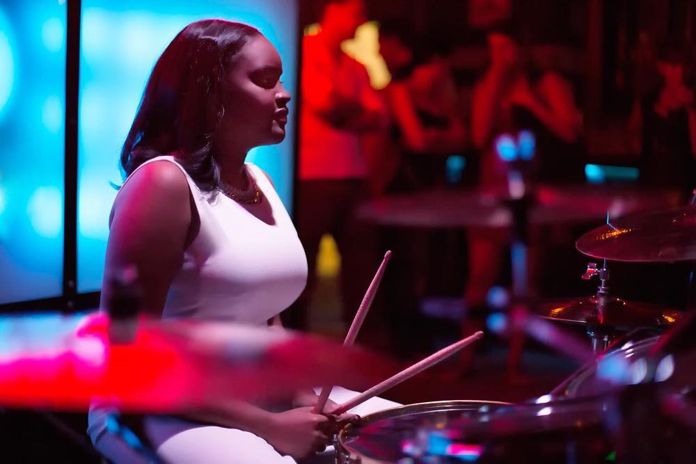 Glorious, Livetronica Drummer Pop-R&B Singer, Live at Sullivan Room, New York City 7.jpg