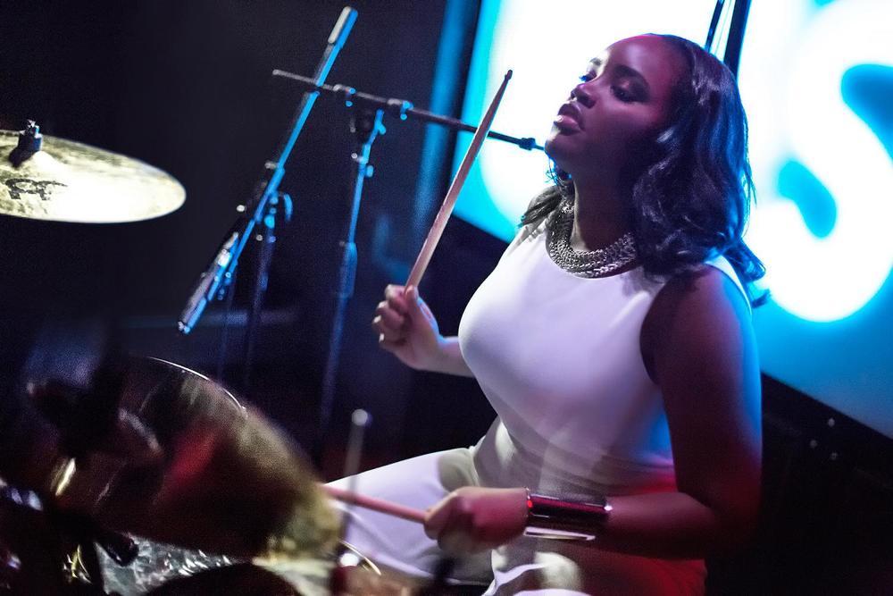 Glorious, Livetronica Drummer Pop-R&B Singer, Live at Sullivan Room, New York City 21.jpg