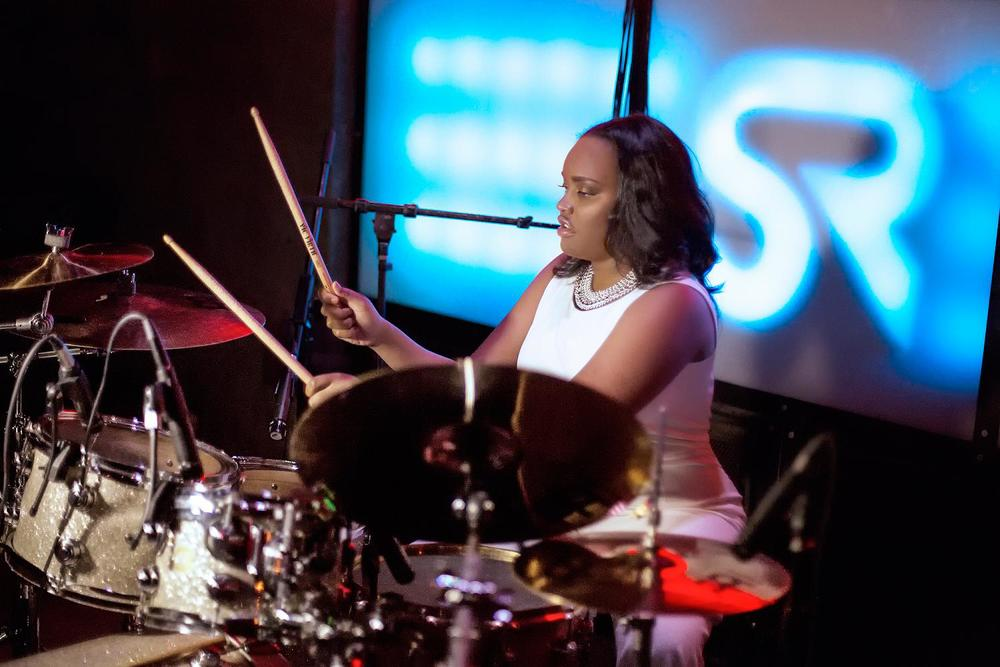 Glorious, Livetronica Drummer Pop-R&B Singer, Live at Sullivan Room, New York City 17.jpg