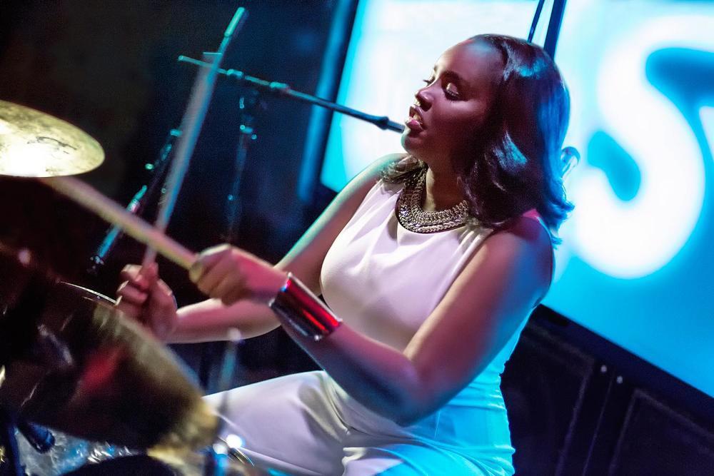 Glorious, Livetronica Drummer Pop-R&B Singer, Live at Sullivan Room, New York City 18.jpg