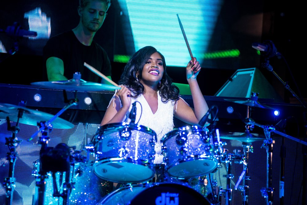 Glorious-Singer-Livetronica Drummer-Producer-Songwriter-Marquee-Nightclub-Video-New York-NY-LR.jpg