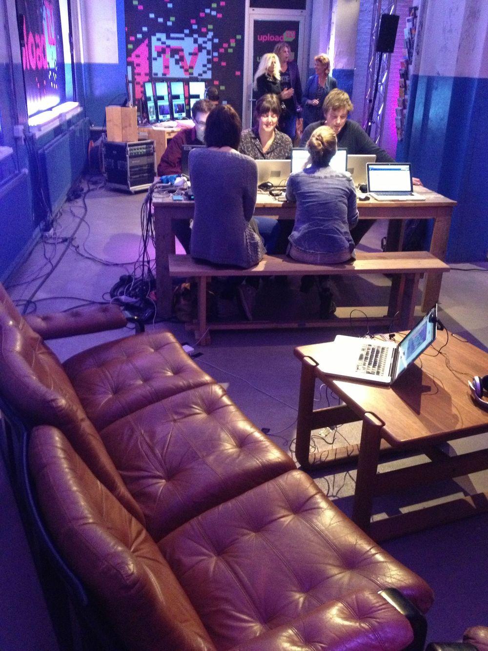 De redactie en de Hangout van UploadTV