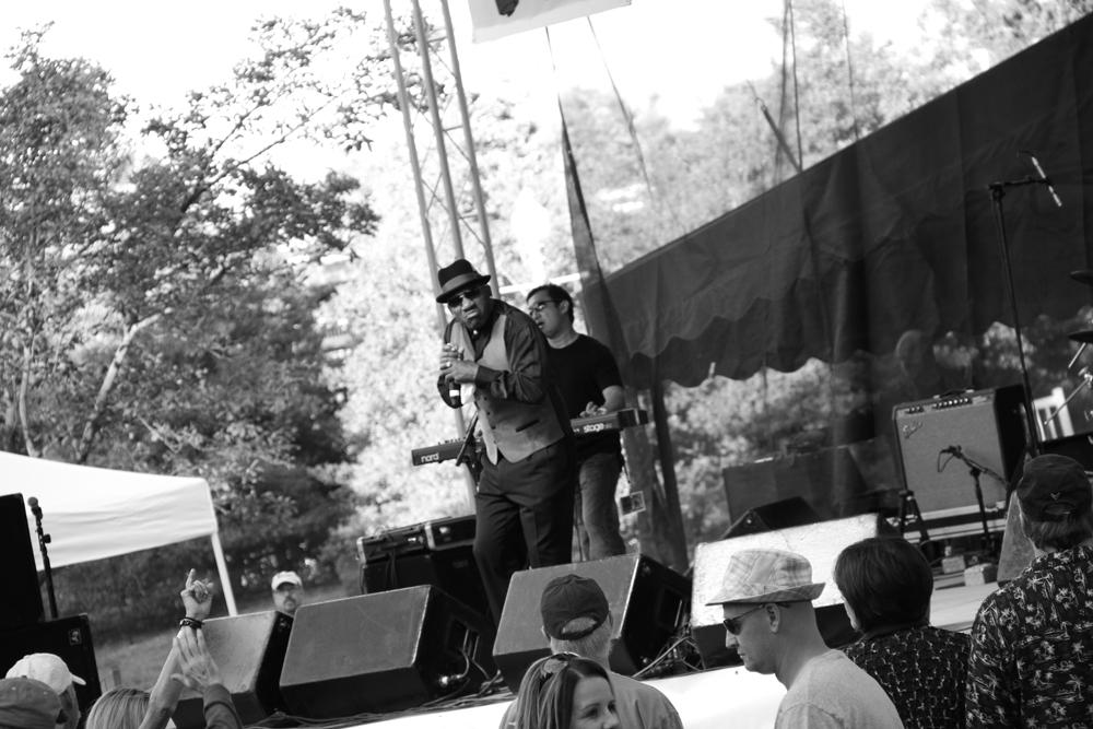 Minimized_Roanoke Blues Fest PS Edits_1455.jpg
