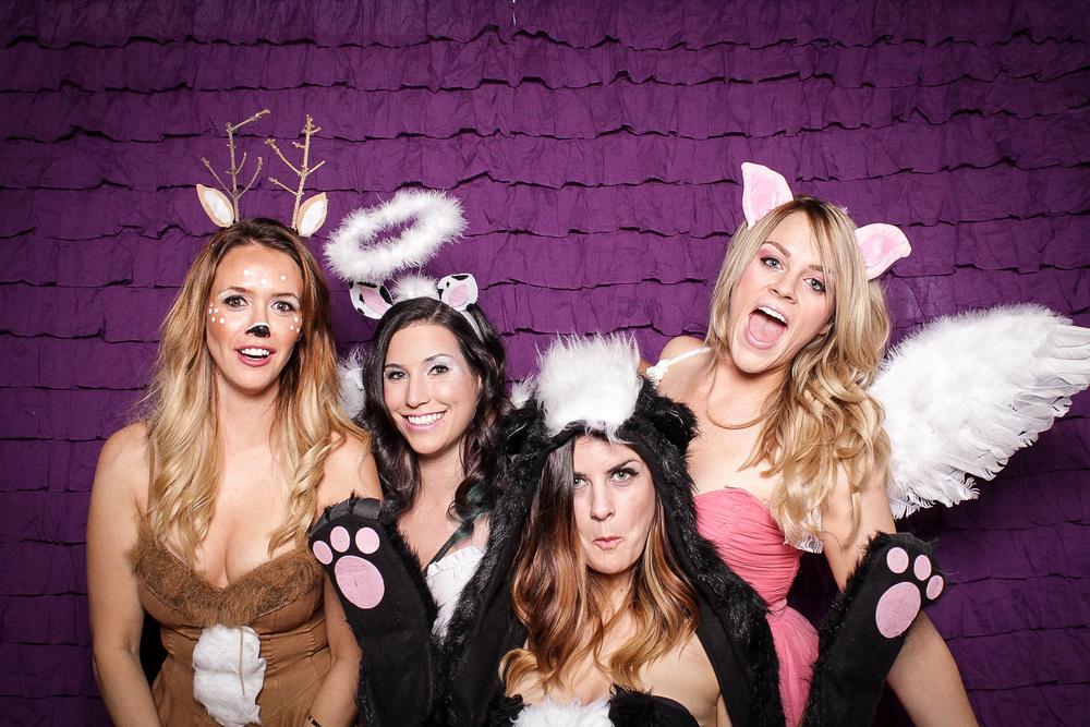 Halloweengirls2copy.jpg