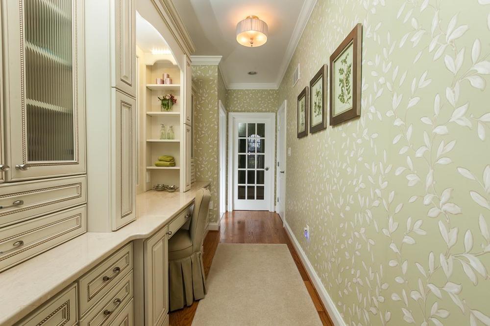 millbrook circle interior design. Black Bedroom Furniture Sets. Home Design Ideas