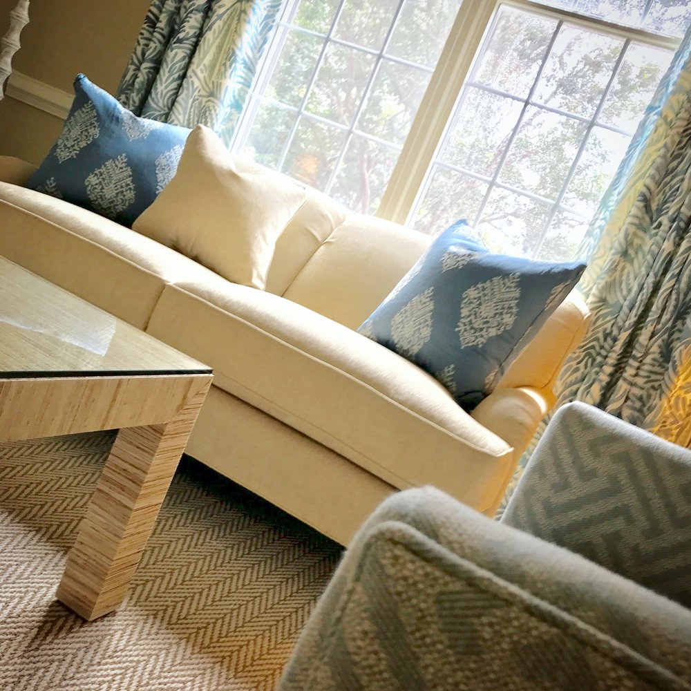 LUCY WILLIAMS INTERIORS