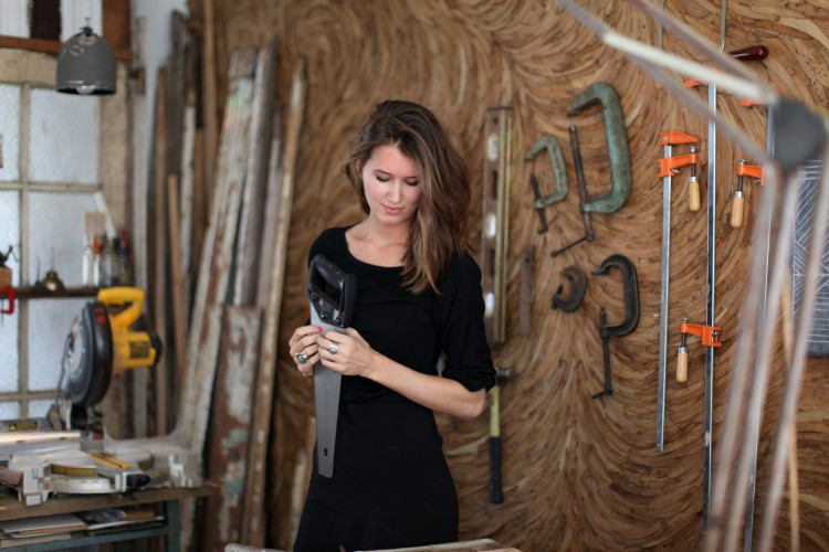 http://sousstyle.com/2011/10/27/ariele-in-new-york/     this girl makes tables out of salvaged wood in NY - she also covered a wall with eucaplytus leaves (seen behind her here). She's also really pretty…