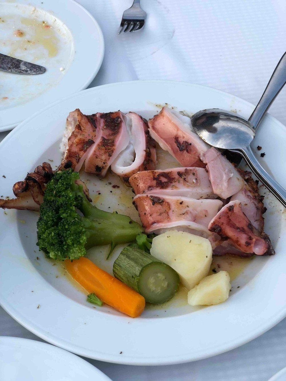 Taverna Psaras grilled octopus