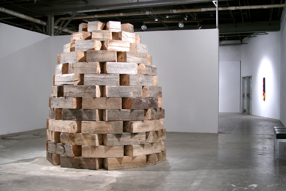 sculpture_stack_dome_beehive_wood_siu_2003-11-16_[11160003]_09423.jpg