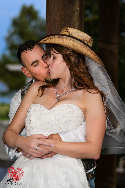 Stacy&Dwayne-24.jpg