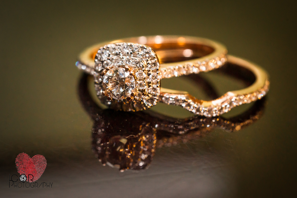 Wedding Ring by wedding photographer Igor