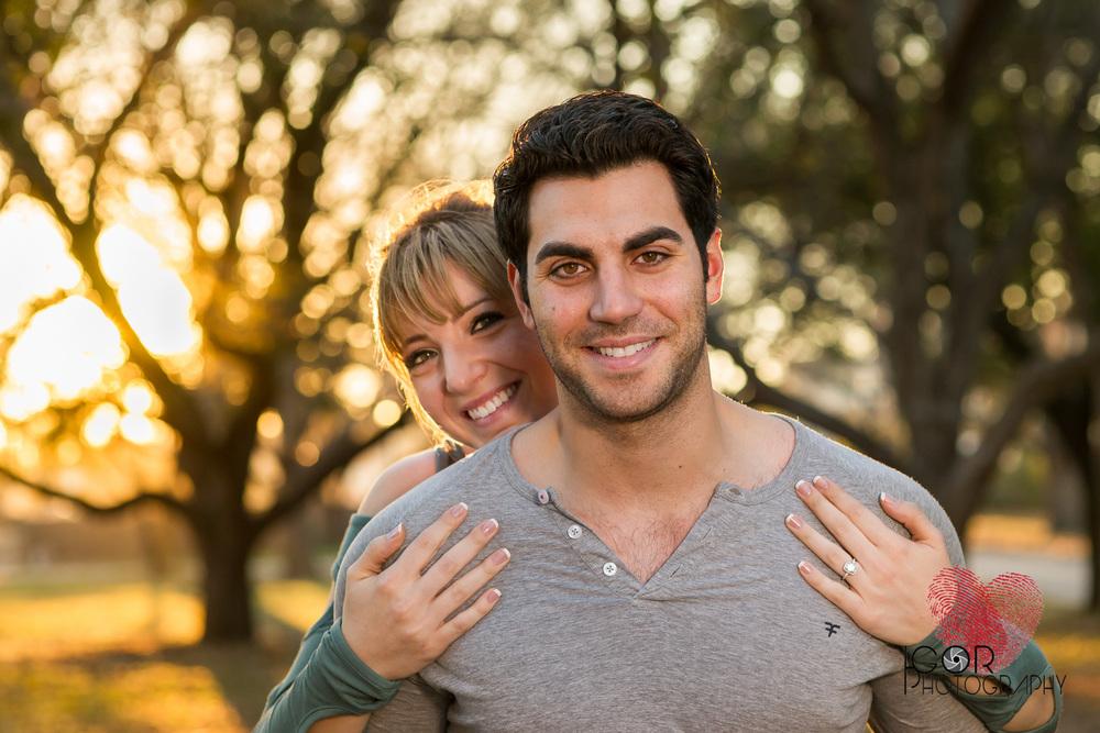 Engagement photos at the Botanical Garden