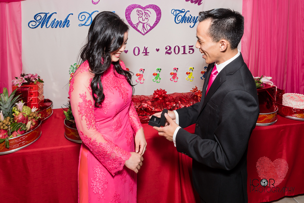 Tommy-linh-engagement-ceremony-7.jpg