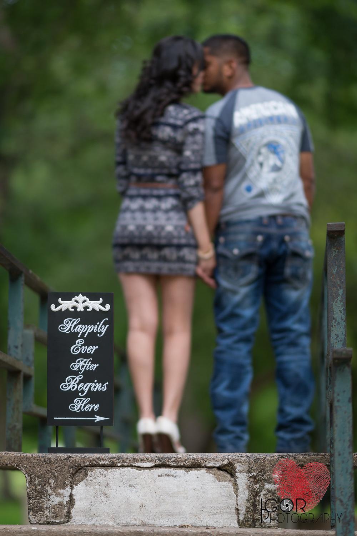 Trinity-Park-Engagement-8.jpg
