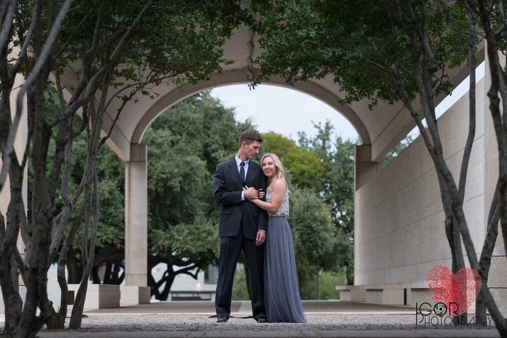 Ft Worth engaged couple