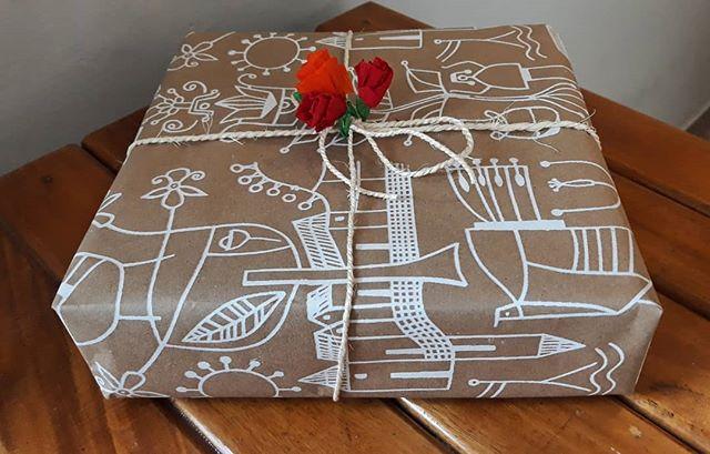Ponemos amor en cada detalle, desde la elaboración de nuestros productos hasta su empaque final. 🎁✨ Ven por tus regalos y obsequia algo hecho con mucho amor para tus seres queridos. 👐🏼💕
