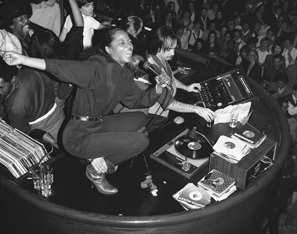 Studio-54_Diana-Ross_1980.jpg
