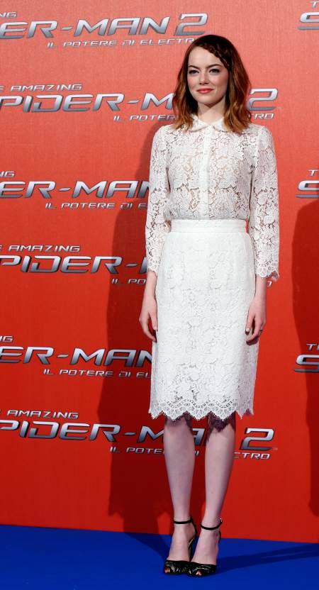 Emma-Stone-attending-Rome-premiere-of-The-Amazing-Spider-Man-2-April-2014-full-body.jpg