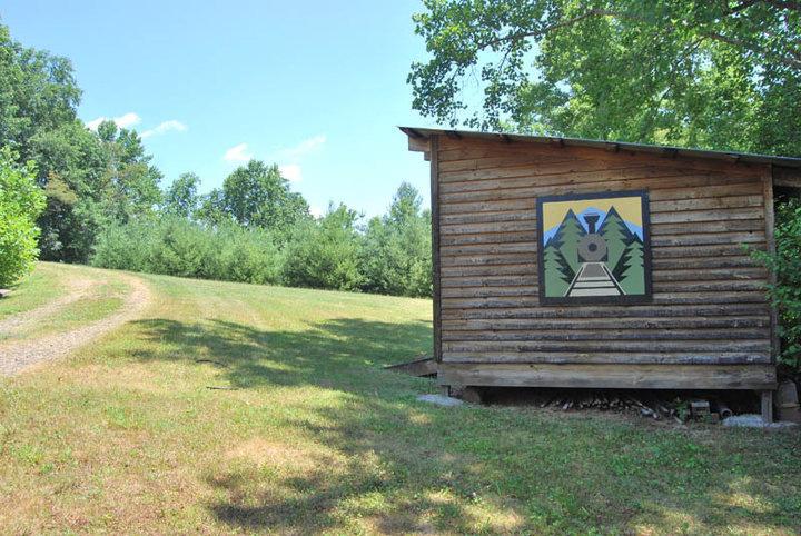Dryden barn quilt, 2010, ashe county, nc