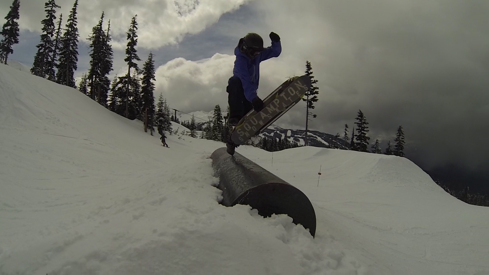 Once again Jesse shows off his Squampton Snowskate with this sick foot plant.