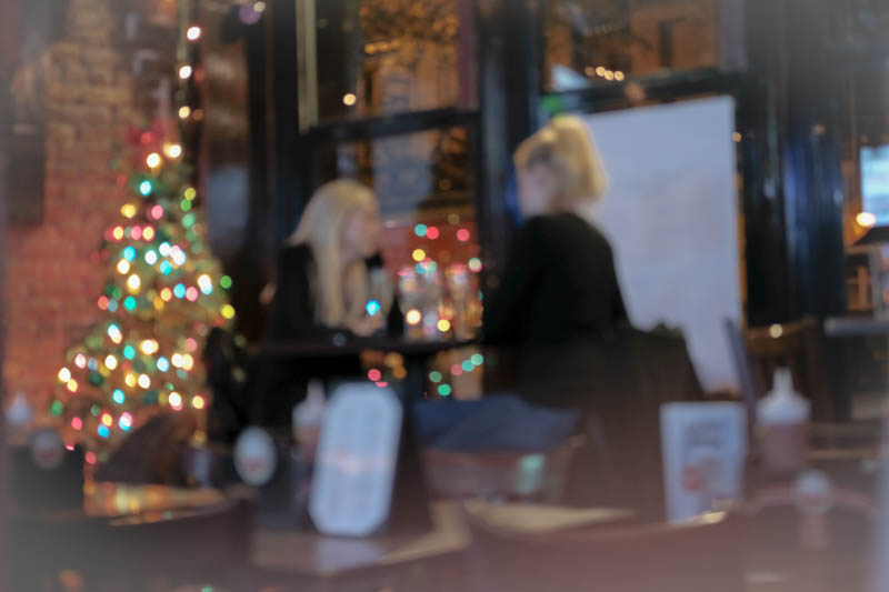 Who can refuse a bokeh Christmas tree...double bonus, it was reflected in the window. My wine was so comforting and warm, the music loud and fun.  I loved how festive and alive it all was.