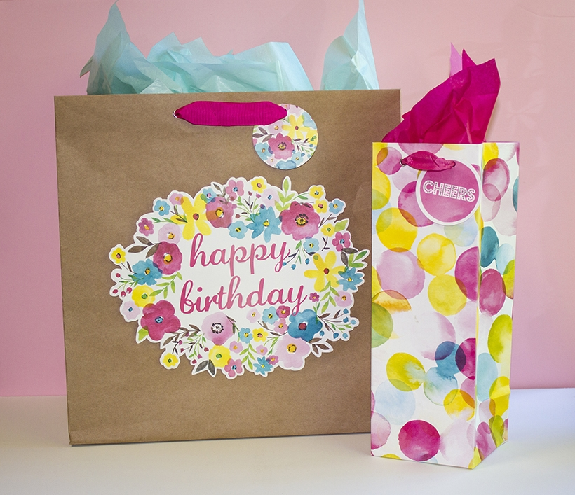 Summer Lovin gift bags.jpg