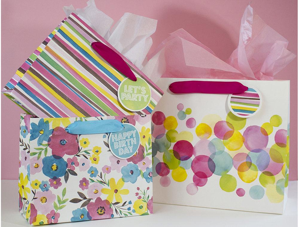 Summer Lovin Gift Bag 02.jpg