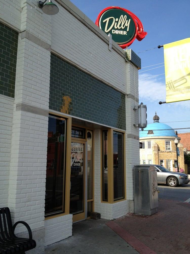 Dilly Diner Exterior 2.jpg