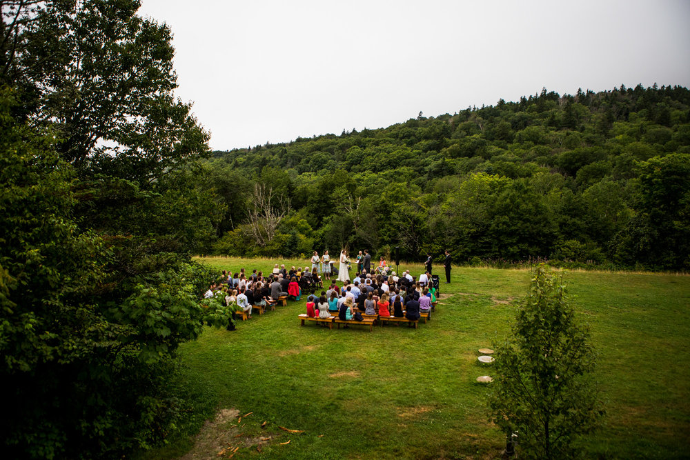 Click  to see Steph and Eric's NH Mountain Wedding