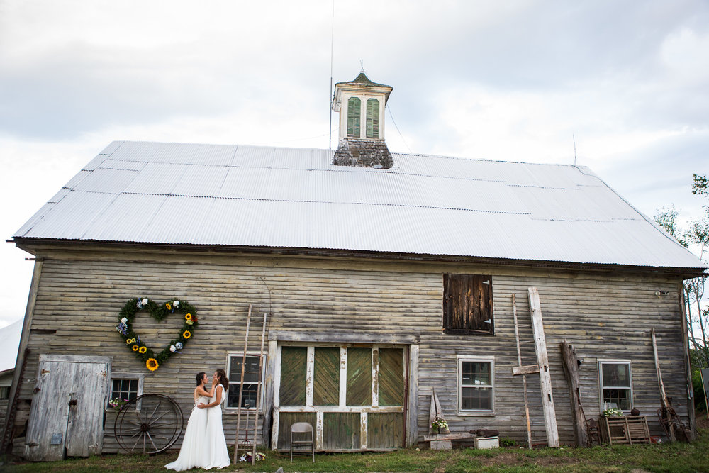 Click for Hannah and Aleah's Rustic Barn Wedding