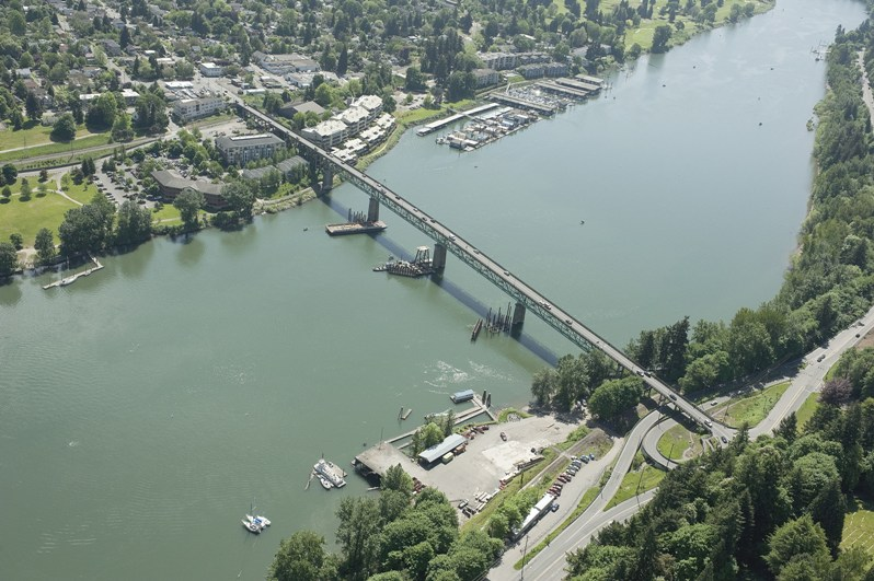 Sellwood Bridge Aerial.jpg