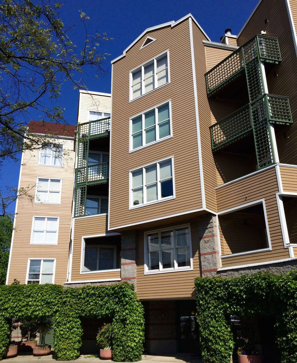 RiverPlace Exterior Mill Street Circle Lo Res.jpg