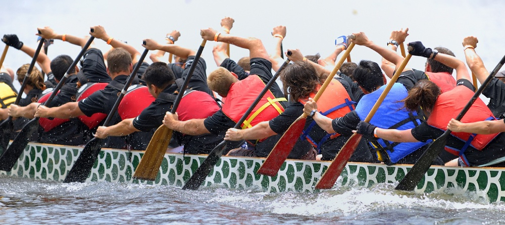 Dragonboat Paddlers Lo Res.jpg