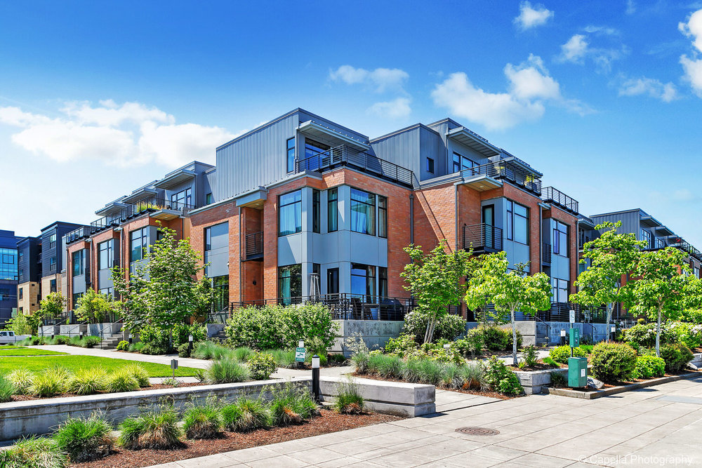 Shoreline Townhomes are located in the Pearl District