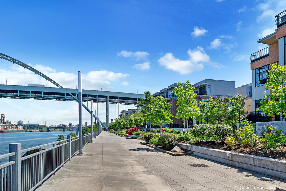Shoreline Townhomes are just north of the Freemont Bridge on the banks of the Willamette River