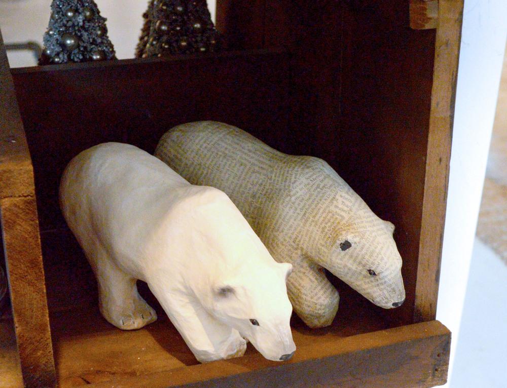 How cute are these polar bears?