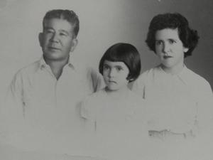 Kyukichi Ishikawa y familia