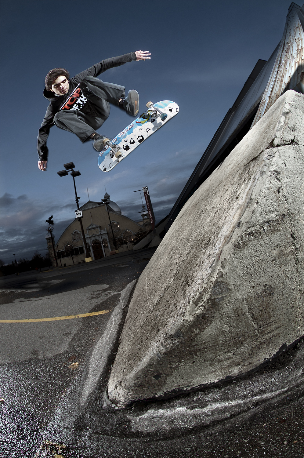 Matt Patafie, Switch Heelflip, Ottawa, ON 2011