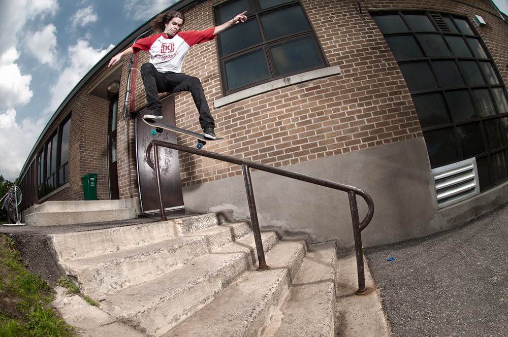 JS Lapierre, Gap Frontside Smith Grind, Ottawa, ON 2011