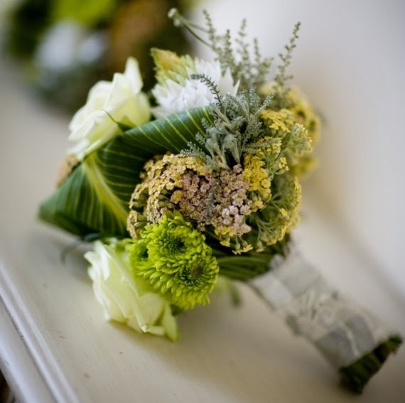 green-white-bridesmaid-bouquet.jpg