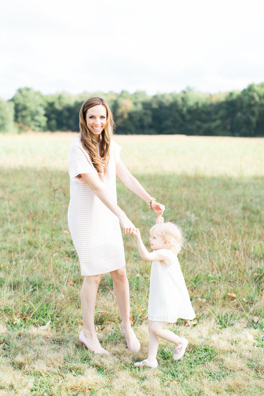 Fairfield-County-New-Canaan-Waveny-Park-Family-Photography-natural-Light-mother-daughter